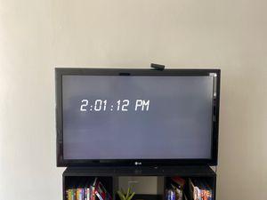 LG 40 FLAT SCREEN TV for Sale in Culver City, CA