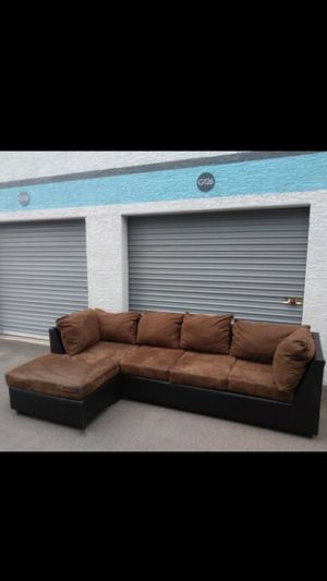Comfortable sectional couch, for Sale in Phoenix, AZ