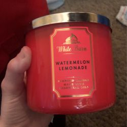 Watermelon Lemonade Candle. for Sale in Westerville,  OH