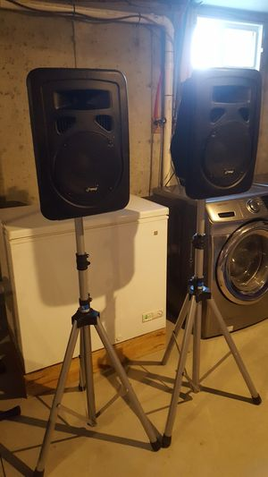 Speakers and stand powered for Sale in Brockton, MA