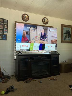 Lg 70 inch 4K smart tv for Sale in Mesa, AZ