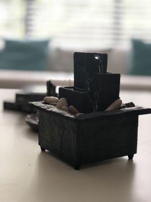 Center Piece Fountain for Sale in Orlando, FL