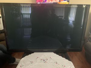 Samsung Plasma HDTV Smart 3D w/ Glasses for Sale in Spring Valley, CA