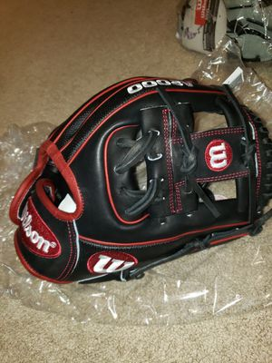Wilson A2000 Dp15 11.5inch Baseball Glove for Sale in Riverside, CA