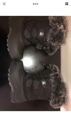 Kamik Toddler Snow Boots, Black, Size 9 for Sale in Chicago, IL