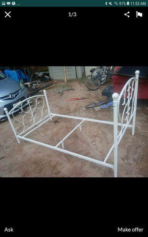Twin metal bed for Sale in Ellenwood, GA
