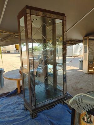Free glass and mirror cabinet. for Sale in Phoenix, AZ