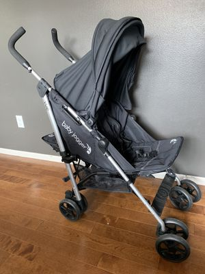 EXCELLENT CONDITION: Baby Jogger Vue Lite Stroller - Unique reversible feature!! for Sale in Seattle, WA