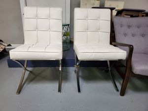 Leather chairs for Sale in Fontana, CA