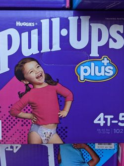 Pull Ups Size 4-5t Girl Large Box for Sale in Bellflower,  CA