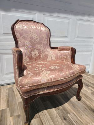 Pink French Victorian floral antique chaise chair windback chair for Sale in Alta Loma, CA