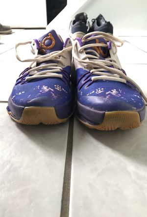 Nike Kyrie Basketball shoes size 6.5Y for Sale in Rockville, MD