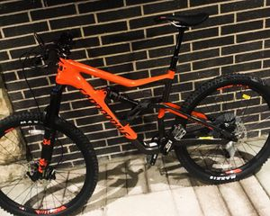 Beautiful// Cannondale - Mountain Bike - 27.5 for Sale in Painesville, OH
