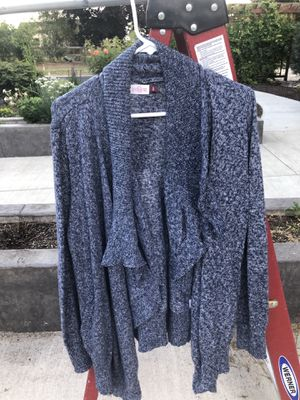Cardigan top size xlarge for Sale in Battle Ground, WA