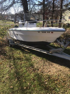 18' center console boat for Sale in Seymour, CT