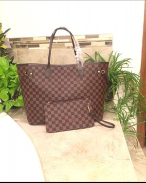 Large Brown checkered tote purse handbag with Wristlet for Sale in Gibsonia, PA