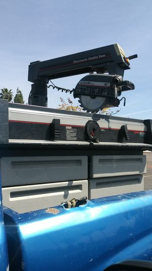 Electronic radial saw 10 in with table and drawers for Sale in El Cajon, CA