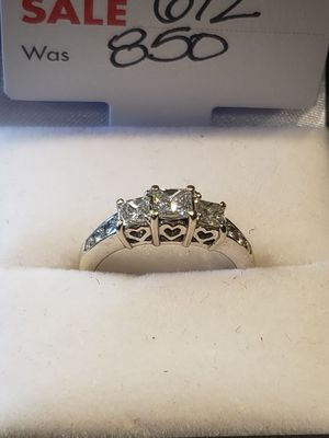 Size 6 white gold beautiful diamond ring for Sale in Pflugerville, TX