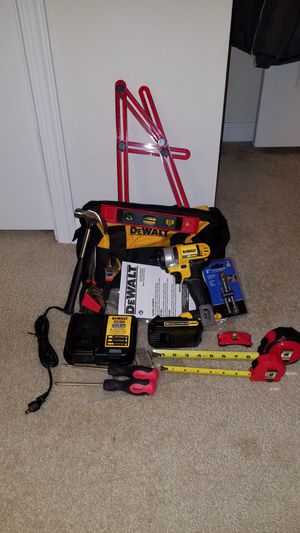 NEW Dewalt 20v MAX impact driver with battery and charger for Sale in Ashburn, VA