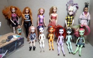 """Bundle Of 12"""" Dolls & Accessories for Sale in Fairfield, CA"""