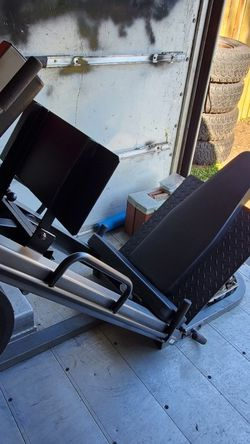 Leg Press $1000 for Sale in Federal Way,  WA