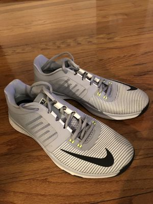 Nike Grey Athletic Gym Shoes Size 10 for Sale in Chicago, IL