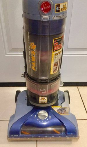 Hoover wind-tunnel T series PAWS Bagless vacuum cleaner - excellent clean condition with Attachments NO HOLDS PICKUP ONLY SEE MY LOCATION ON MAP for Sale in Murphy, TX