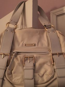 Beautiful Beige Authentic MK HandBag., PUO Clovis And Church ., for Sale in Fresno,  CA