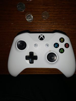 Xbox one controller for Sale in St. Louis, MO