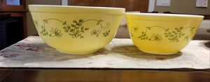 Two Pyrex Mixing Bowls Buttery Yellow W/Green Ivy for Sale in Tacoma, WA