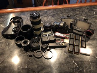 Canon 5D Mkiii w/ accessories and Lenses for Sale in Englewood,  CO