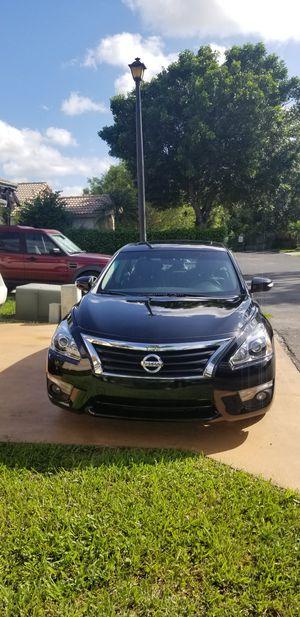 Nissan Altima 2013 SL 3.5 V-6 for Sale in Miami, FL