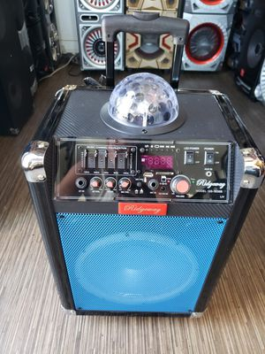 Bluetooth speaker 2,000 watts for Sale in Fontana, CA