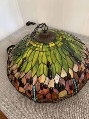 Tiffany style hanging lamp for Sale in Marion, OH