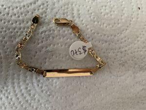 Pulsera de niña 14k de oro a buen precio for Sale in Fort Washington, MD