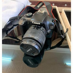 Canon EOS 1100D for Sale in Nocatee, FL
