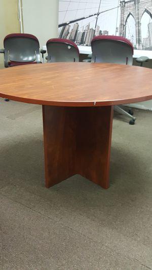 "Round Table 48""diameter for Sale in Marysville, WA"
