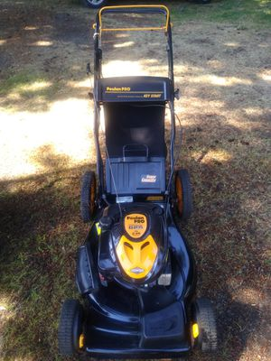 Poulan Pro self-propelled lawn mower for Sale in Portland, OR