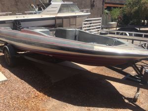 1987 Bayliner 18' Project Boat and Trailer for Sale in Peoria, AZ