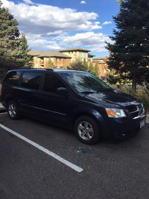 2008 Dodge Grand Caravan SXT for Sale in Englewood, CO