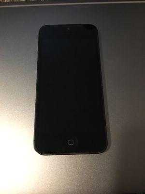 32gb iPhone 5 for AT&T or Cricket Wireless for Sale in Austin, TX
