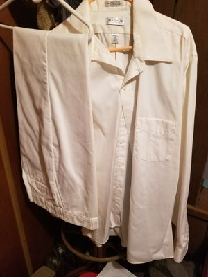 Van Heusen Mens dress suit for Sale in Hope, MI