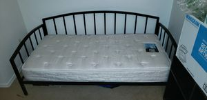 Twin daybed for Sale in Wildwood, FL