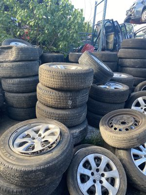 All types cars rims tires for Sale in Hialeah, FL