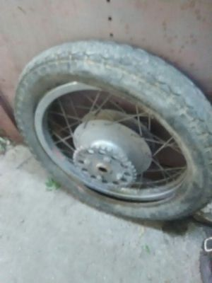 Motorcycle rim with Tire for Sale in Laredo, TX