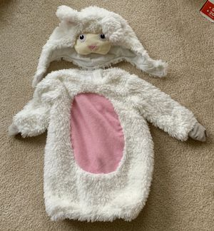 Pottery barn kids sheep costume (12-24 MONTHS) for Sale in Centreville, VA