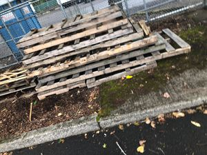 Free wood for Sale in Portland, OR
