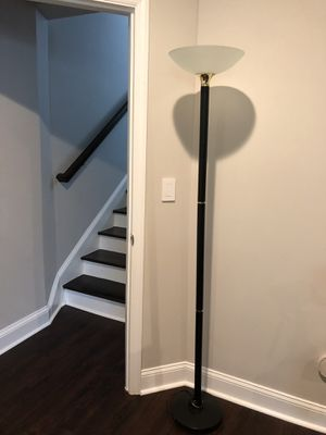 Black floor lamp for Sale in Raleigh, NC