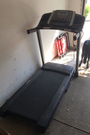 NordicTrack Flex Select Treadmill for Sale in Dublin, OH