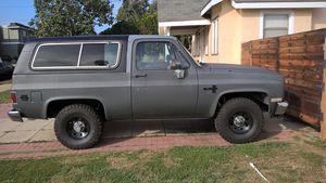 1982-Chevy 4+4 k-5 blazer Engine-v-8 350 for Sale in Los Angeles, CA